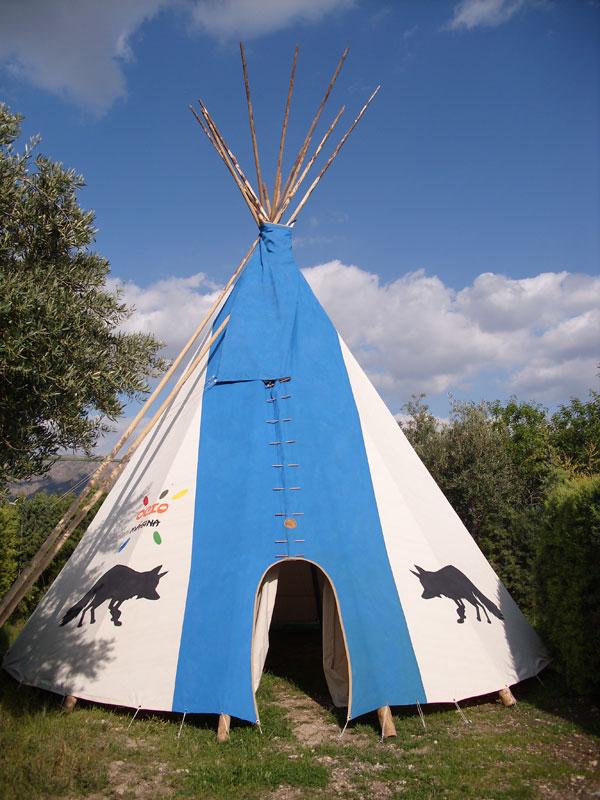 Tipi Alojamiento Camping El Ayozar